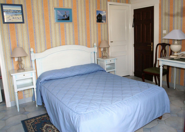 hotel-treport-Chambre-eco-4