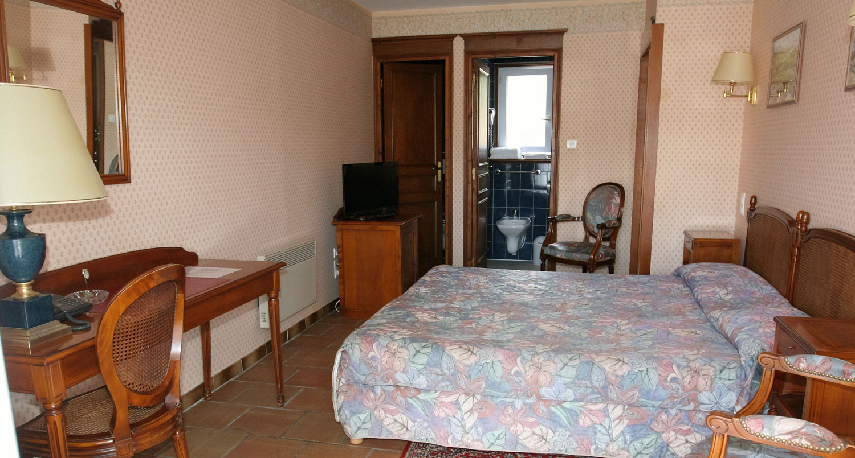 hotel-treport-Chambre-standard-patio-4
